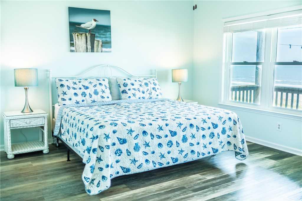 979 OBW Bedroom