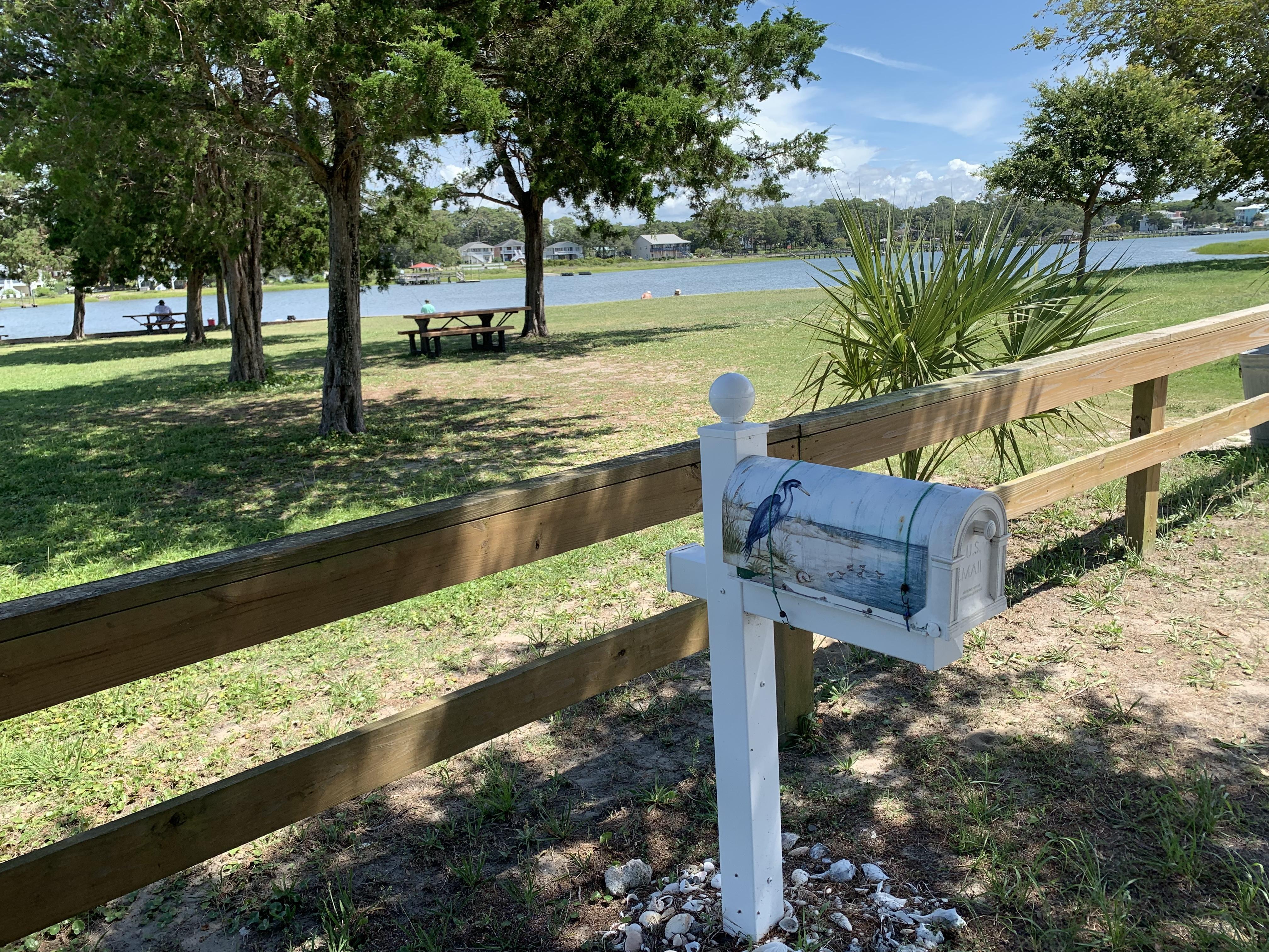 sail-fish-mailbox